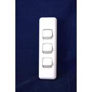 3 Gang Switch 10amp For Architrave